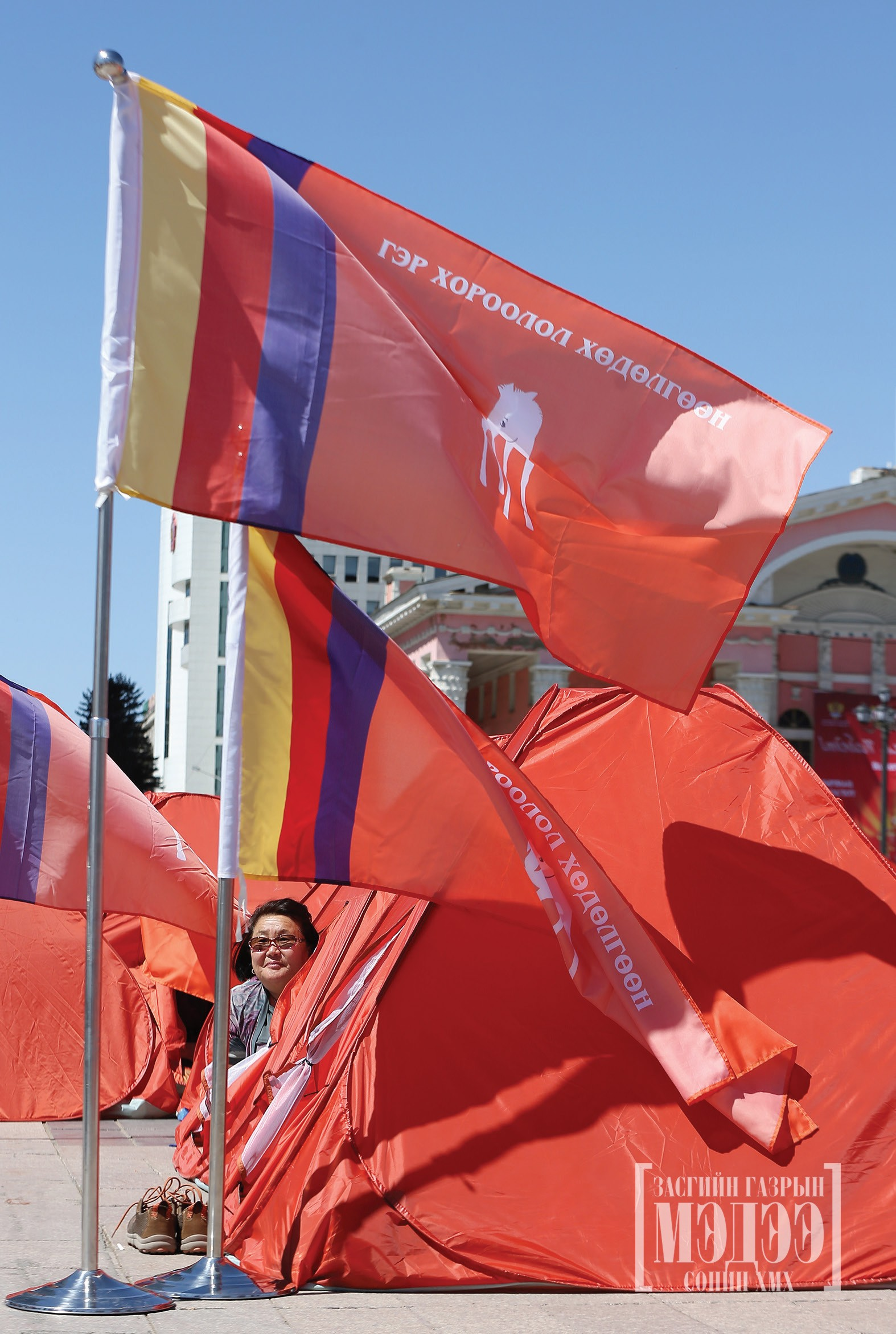 Ger District Movement organized a demonstration in tents at Sukhbaatar Square, demanding the continuation of city replanning of ger district area.